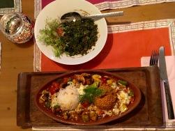 Petersiliensalat & vegetarisches Tontopfgericht im Artistanbul
